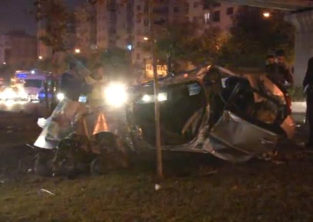İzmir'de İçinde Polislerin Bulunduğu Araç Kaza Yaptı: 2 Şehit, 3 Yaralı