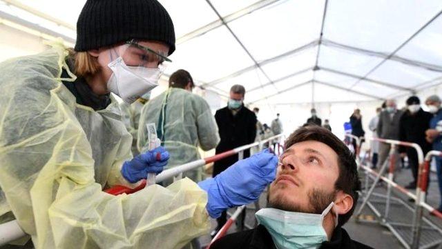 Alman Yetkililer Ülkedeki Koronavirüs Ölümlerinin Düşük Olmasının Nedenlerini Anlattı