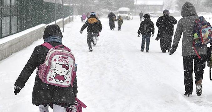 6 İlde Karne Günü Eğitime Kar Engeli! Okullar 1 Gün Süreyle Tatil Edildi