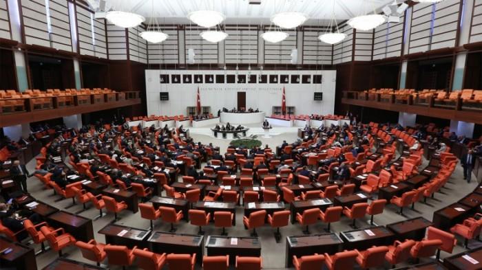 Dokunulmazlık Görüşmelerinde İlk Oylama Referandumu İşaret Etti