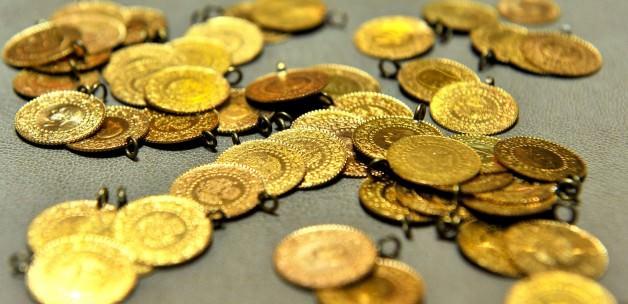 Altın, Doların Değerinin Artacağı Beklentisiyle Düştü