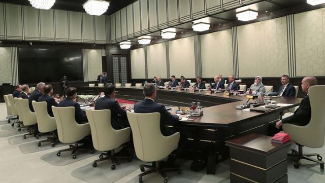Esnafın Gözü Çarşamba Günü Yapılması Planlanan Kabine Toplantısı'nda! Esneme Seçenekleri Ele Alınacak