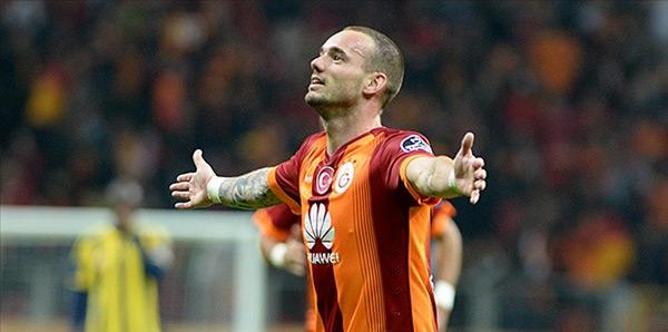 Galatasaray Sneijder'in Sözleşmesini Uzatmak İstiyor