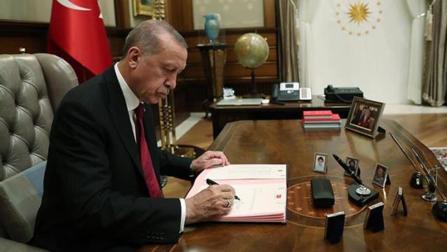 """Seçim Yasasında Önemli Değişiklikler! Erdoğan, Türkiye Milletvekilliği Önerisini """"Gerek yok"""" Diyerek Taslaktan Çıkardı"""