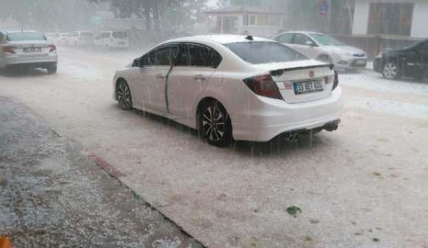 Burdur'da dolu yağışı