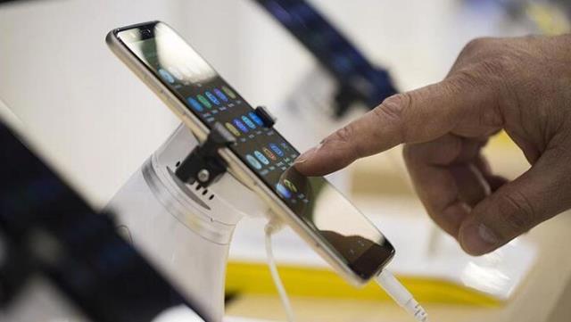 Ticaret Bakanlığı'ndan cep telefonu, mobilya, tablet ve bilgisayarların taksit sayılarına düzenleme